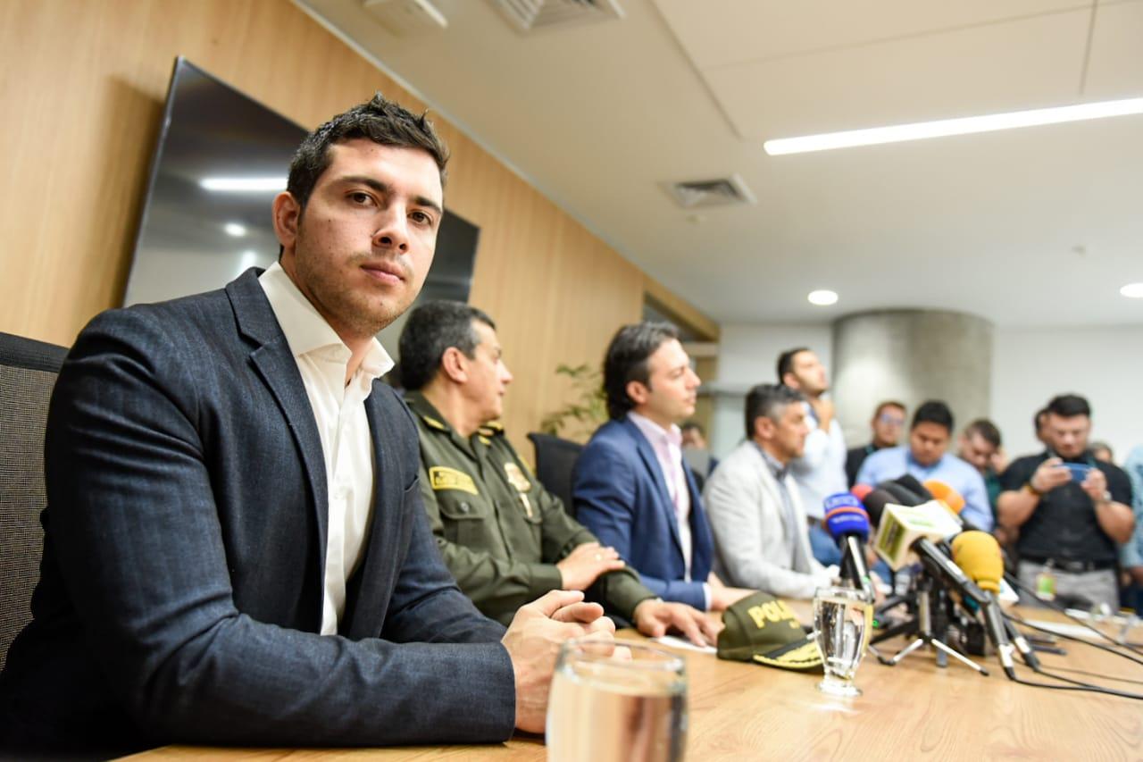 Esteban Restrepo con Quintero_Twitter @estebanrestre