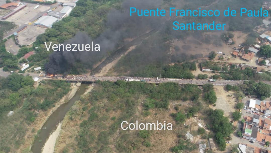 Imagen enviada por la Cancillería donde señala qué lado del río y extremo del puente le corresponde a cada país.