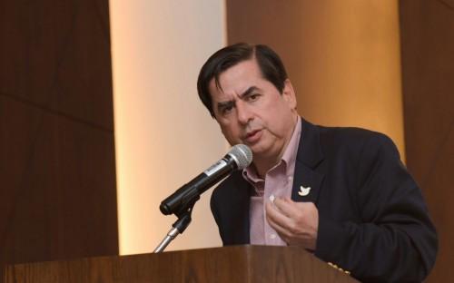 Exministro del Interior Juan Fernando Cristo Bustos