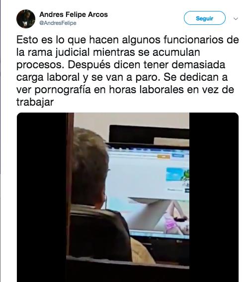 Tuit sobre funcionario judicial viendo porno en Chile